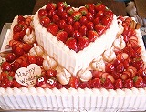 ウェディングケーキ、特注バースデーケーキ