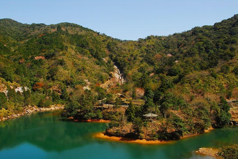 教良木ダム湖
