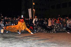 三社祭り 牛深八幡宮の獅子舞