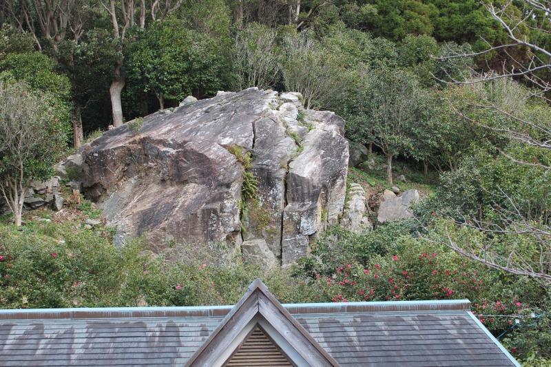 椿公園大岩