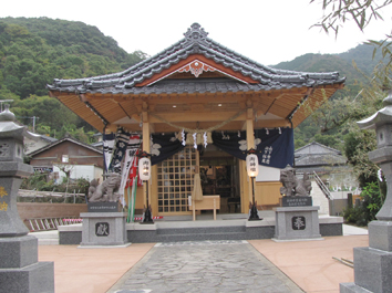 H24祭り 神社全景