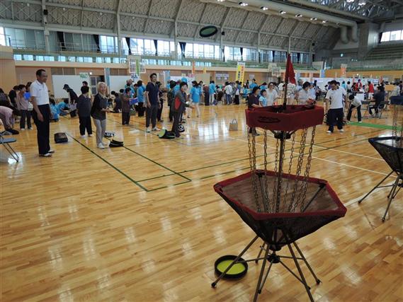 H30.06.16 天草市健康フェスタ(フライングディスクゴルフ)(縮小570×427)