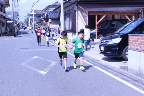 第32回宮田ペアーマラソン大会(ずっと手をつないで))