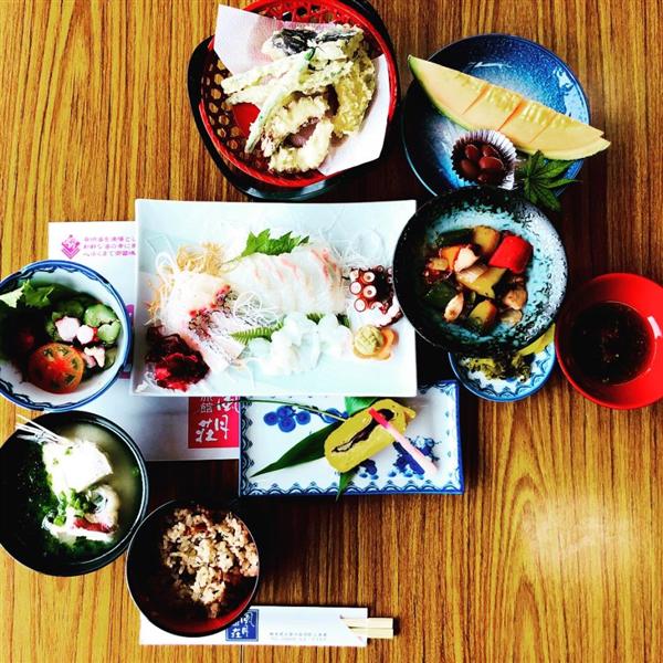 タコ八料理(縮小600×600)