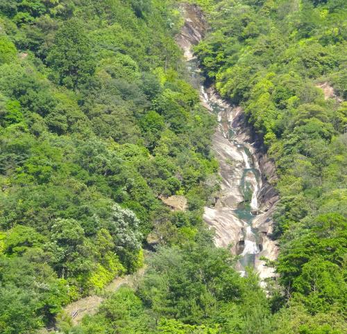 いわいぐち観音の滝