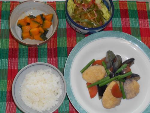 メニュー組合せレシピ(鶏団子となすの和風スープ、ピーマンときのこのカレーマリネ、かぼちゃのグラッセ