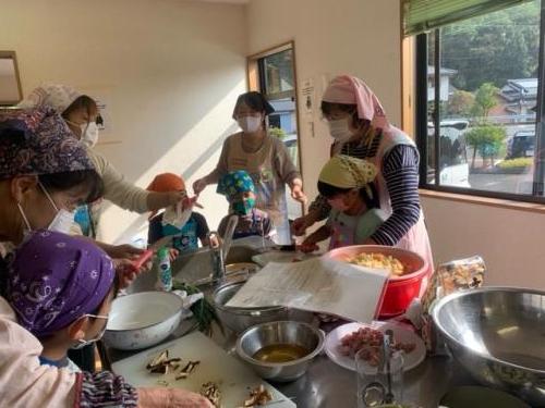 新和部会 保育園料理教室2