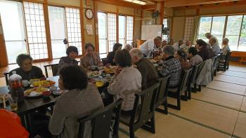 高齢者の集い(昼食2)