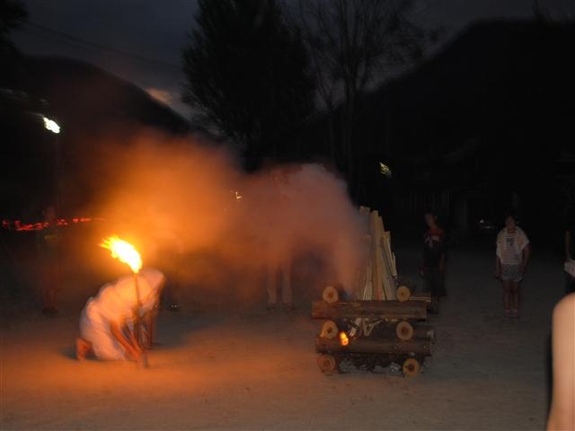 キャンプ炎52