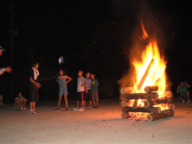 キャンプ炎57